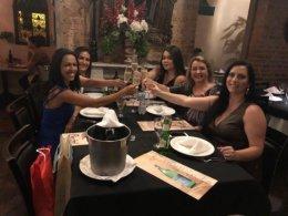 Julia, Thais, Amanda, Sirlei e Fernanda.